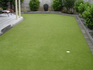 Residential-putting-green